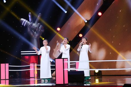 Giam khao The Voice Kids dau dau vi phai loai tro cung - Anh 7