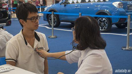 Dat tay len xe Subaru, 10 nguoi Viet sang Singapore tranh giai 1,3 ty dong - Anh 2