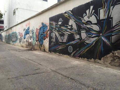 Ha Noi: Doc dao nhung con duong day mau sac nghe thuat Graffiti - Anh 7