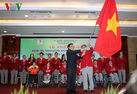 Le xuat quan doan TTNKT Viet Nam tham du Paralympic, Rio 2016 - Anh 3