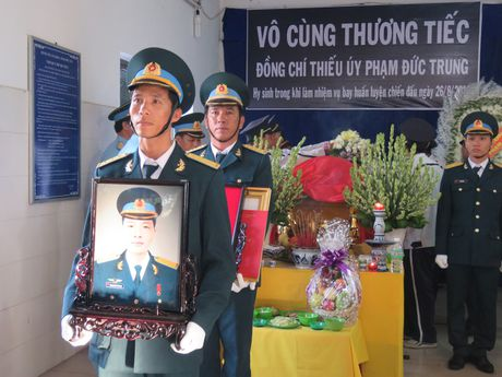 Truy dieu thieu uy phi cong Pham Duc Trung - Anh 1