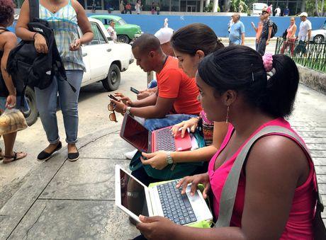 Bi an he thong internet tai Cuba - Anh 1