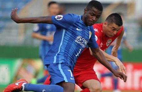 Chau A voi con sot 'dot tien' cho C-League - Anh 1