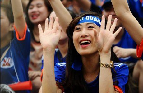 Than Quang Ninh vs HAGL (0-0, H1): Dyachenko bo lo co hoi - Anh 1