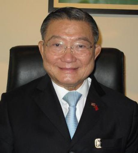 Ty phu Thai Charoen Sirivadhanabhakdi: Se dua hang Viet toi Thai - Anh 1