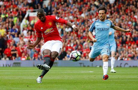 Pogba o derby Manchester: That phi 89 trieu bang! - Anh 2