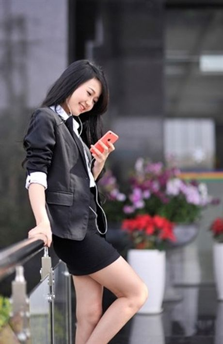 Tuyet chieu chon mau iPhone 7 hop phong thuy phat tai phat loc - Anh 1