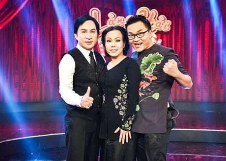 Viet Huong bi Dai Nghia keo le tren san khau vi so ma - Anh 3