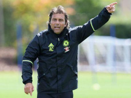 Tin HOT sang 10/9: Conte khong quan tam derby Manchester - Anh 1