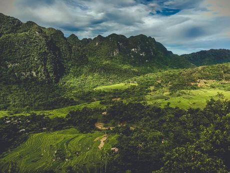Ba Khan - Thien duong du lich bi lang quen o Hoa Binh - Anh 1