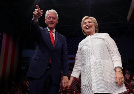 Ba Clinton giau den muc nao? - Anh 1