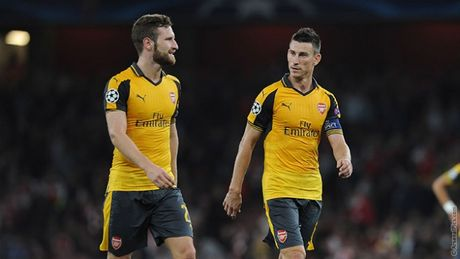 Wenger tiet lo ly do Arsenal choi tot - Anh 1