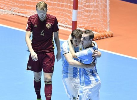 Diem tin chieu 02/10: Futsal Argentina vo dich World Cup, M.U 'cuop' hang Man City - Anh 1