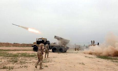Quan doi Iraq phao kich, khung bo 'chet nhu nga ra' tai Qayyara - Anh 1