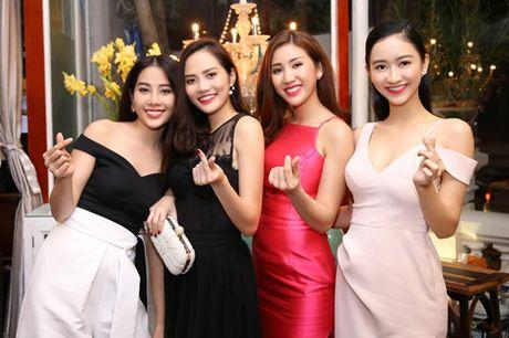 Nam Em, Bao Nhu kieu sa truoc cuoc thi sac dep quoc te - Anh 1