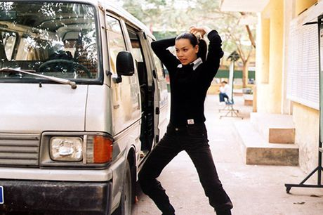 Guong mat 'la' cua Ho Ngoc Ha trong phim 11 nam truoc - Anh 12