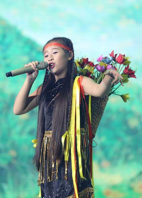 Liveshow 3 The Voice Kids: Dong Nhi lai khoc nhu mua - Anh 7