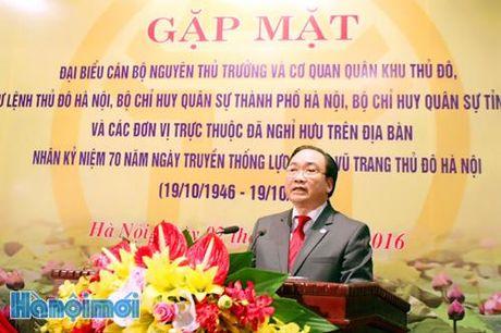 Luc luong vu trang Thu do phai tuyet doi trung thanh voi Dang, Nha nuoc, nhan dan va che do XHCN - Anh 1