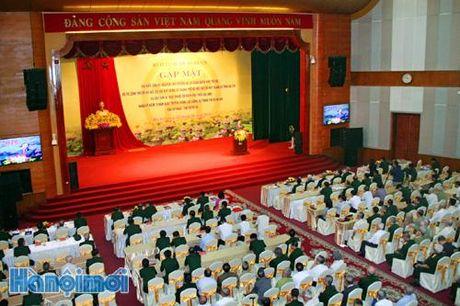 Luc luong vu trang Thu do phai tuyet doi trung thanh voi Dang, Nha nuoc, nhan dan va che do XHCN - Anh 2