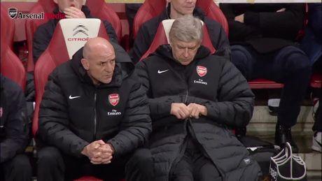 Day la van de khien Arsene Wenger dau dau suot 20 nam qua o Arsenal - Anh 1