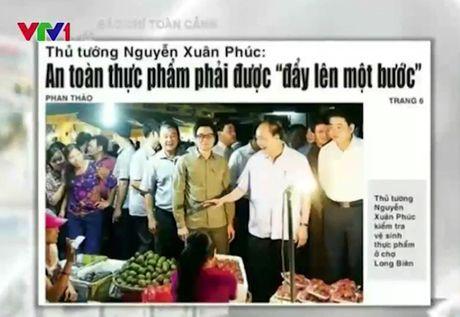 "Thu tuong ""vi hanh"" cho Long Bien: Khi Chinh phu tuyen chien voi thuc pham ban - Anh 1"