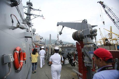 Can canh tau USS John S.McCain lung danh cua hai quan Hoa Ky - Anh 8