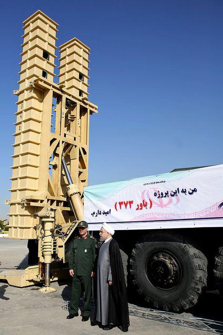Bavar-373 cua Iran vuot troi S-300 cua Nga? - Anh 1
