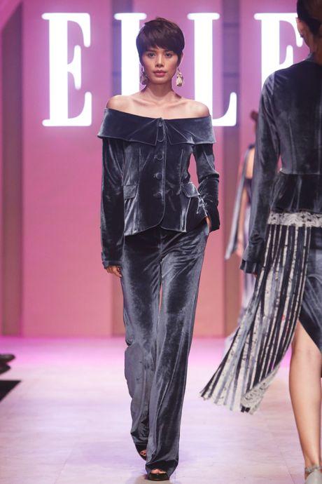Ky Duyen bat ngo xuat hien trong vai tro vedette tai Elle Fashion Journey 2016 - Anh 18