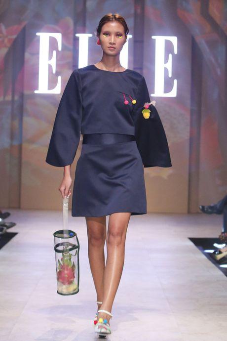 Ky Duyen bat ngo xuat hien trong vai tro vedette tai Elle Fashion Journey 2016 - Anh 1