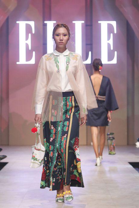Ky Duyen bat ngo xuat hien trong vai tro vedette tai Elle Fashion Journey 2016 - Anh 2