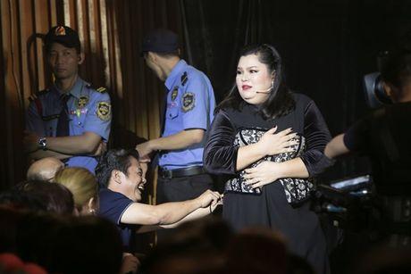 Mr Dam nhay sung den dut mui khau o chan trong Liveshow 'nua trieu do' - Anh 9