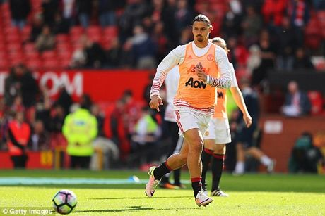 M.U vs Stoke City (1-1): 'Quy do' bi niu chan - Anh 7