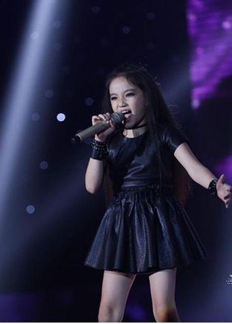 Vu Cat Tuong phan khich khi duoc Noo Phuoc Thinh hon - Anh 13