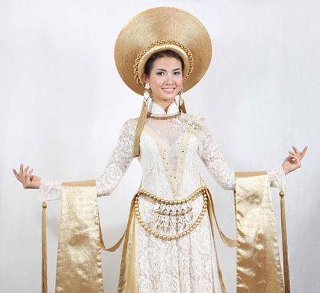 4 my nhan Viet tung la nguoi 'the chan' tai dau truong nhan sac quoc te - Anh 1