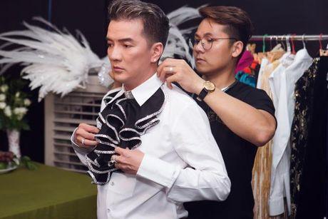Trang phuc trong Liveshow 12 ty cua Dam Vinh Hung - Anh 1