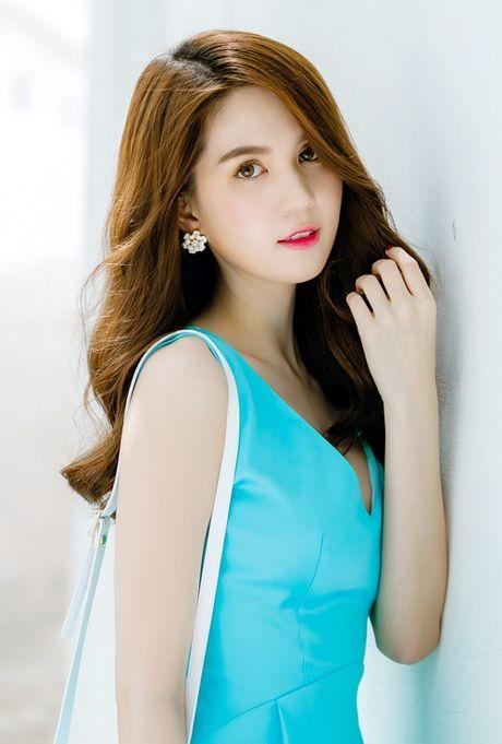 Khi nhung sao Viet trung thanh voi style makeup nhe nhang bat ngo lot xac ca tinh - Anh 10