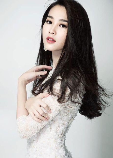 Khi nhung sao Viet trung thanh voi style makeup nhe nhang bat ngo lot xac ca tinh - Anh 5