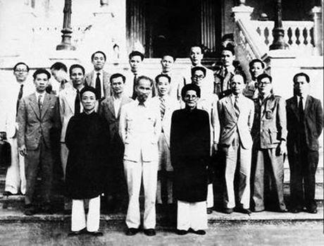 Chi si yeu nuoc Huynh Thuc Khang - Anh 1