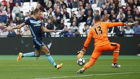 Payet lap sieu pham solo cuu West Ham khoi tran thua thu 6 - Anh 11