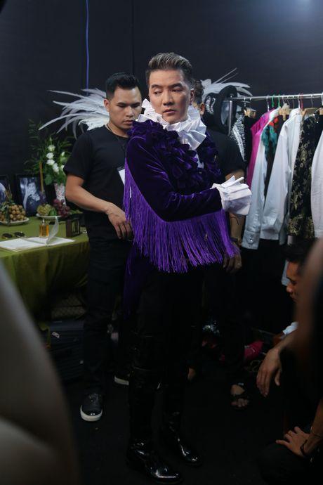 Kho hang hieu ma vang duoc Mr. Dam sam cho live show - Anh 12
