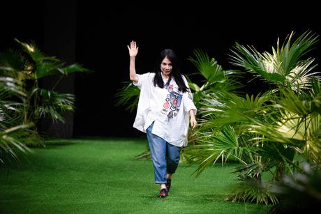 Bo suu tap khac biet nhat tai Vietnam Fashion Week - Anh 13