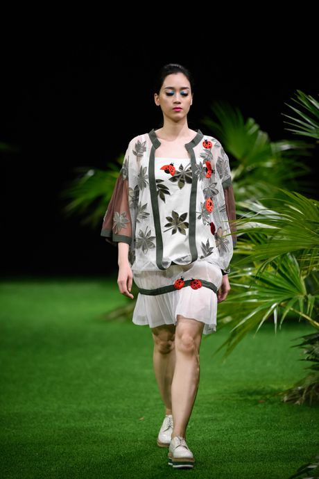 Bo suu tap khac biet nhat tai Vietnam Fashion Week - Anh 4