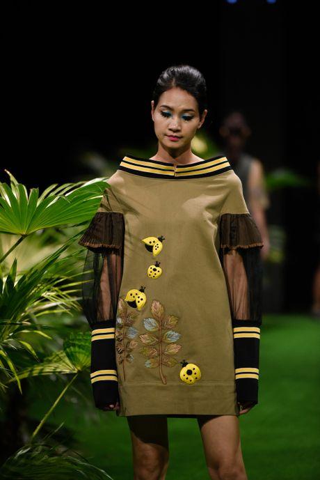 Bo suu tap khac biet nhat tai Vietnam Fashion Week - Anh 5