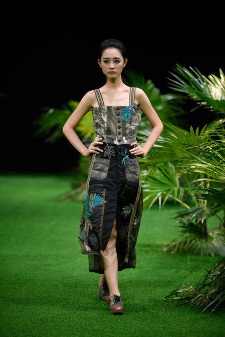 Bo suu tap khac biet nhat tai Vietnam Fashion Week - Anh 7