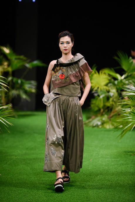 Bo suu tap khac biet nhat tai Vietnam Fashion Week - Anh 8