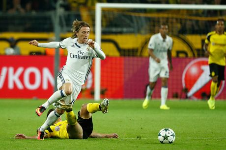 Real Madrid vs Eibar (0-0, H1): Tim lai cam hung chien thang - Anh 5