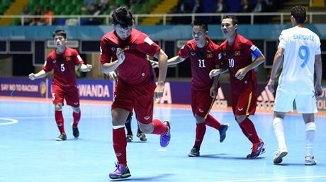DT futsal Viet Nam duoc vinh danh o World Cup - Anh 1