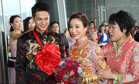 Showbiz 2/10: Ha Vi khong duoc tang kim cuong, nam NSUT dot tu tren san khau - Anh 3