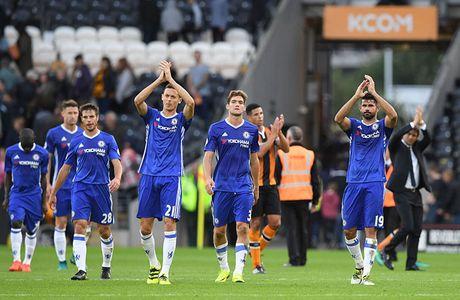Chum anh: Ha guc Hull, Chelsea tim lai niem vui chien thang - Anh 11