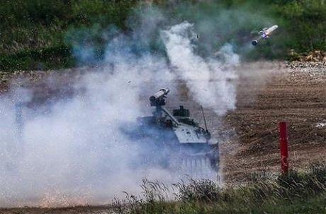 Ukraine - Azerbaijan cong khai san xuat vu khi Nga - Anh 1